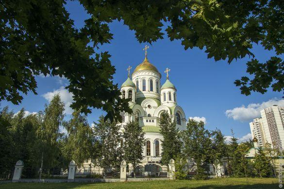 Храм Сергия Радонежского...