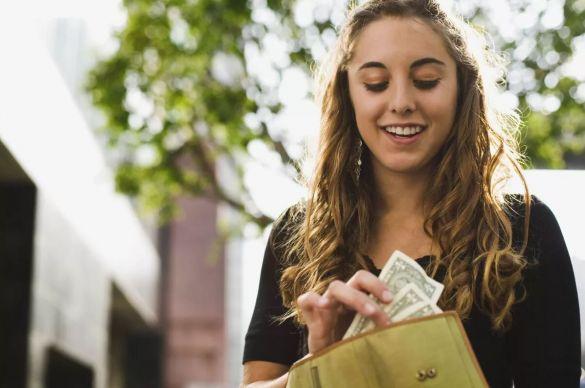 Невестка деньги брала с бывшей свекрови,а теперь трясет долг по алиментам за…
