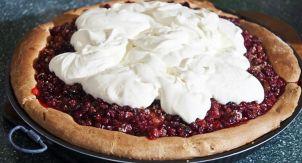 Сибирский брусничный пирог