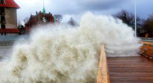 Штормовая Балтика во власти урагана