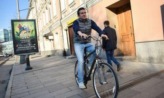 Почему велосипедисты ездят по тротуарам