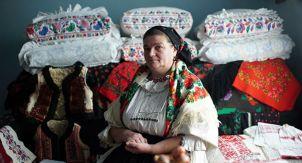 Диор и румынский костюм