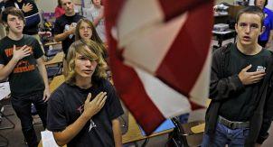 Клятва верности флагу. Нужно или нет?