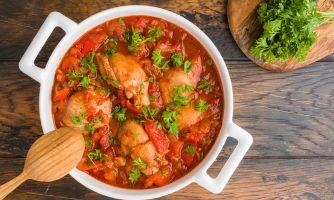 Куриное филе с болгарским перцем и томатами