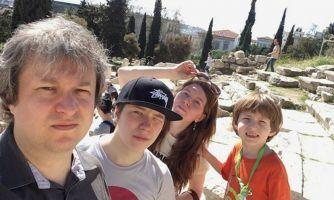 «Дети — тоже люди». 11 правил воспитания Антона Долина