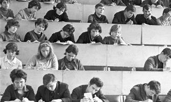 Почему сейчас учиться легче, чем 50 лет назад