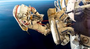 Экипаж МКС осмотрел «Союз МС-09»