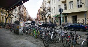Один день в Берлине. Работа, школа, такса