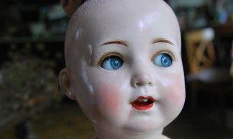 Что у неё в голове? Секреты винтажных кукол