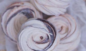 Яблочный зефир с корицей, шоколадом и ромом