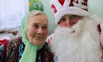 Собираем новогодние подарки в дома престарелых