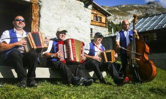 Швейцария. Как варят самый ароматный в мире сыр