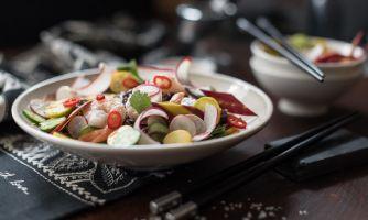 Хрустящие овощи и лапша
