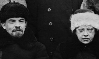 Ленин в шапке и с женой. Загадка одного монумента