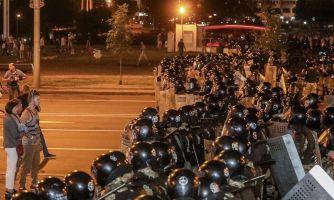 Протесты в Минске. Ночь после выборов на фотографиях
