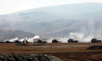 «Азербайджан бросил в наступление сотню танков»
