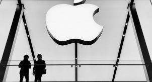 iPhone 12. Жадности Apple нет предела
