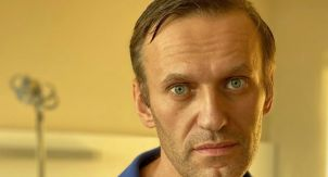 «Берлинский пациент» Навальный стал политиком №3