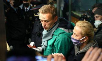 К чему может привести деятельность Навального