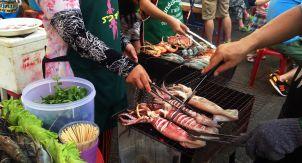 Чиангмай: ночной рынок Тайланда