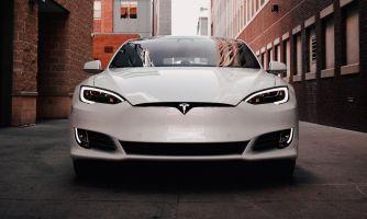 Tesla теряет покупателей?
