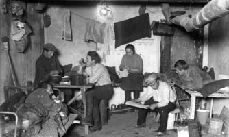 Зарплаты рабочих Российской империи и других стран