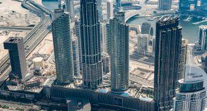 Кто «метит» небоскрёбы Дубая?