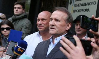 Песков заговорил о демократии и помощи Медведчуку