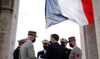 Французские правые против «исламистских орд»