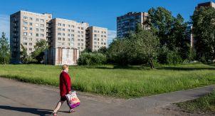 Как живут в самом странном районе Петербурга