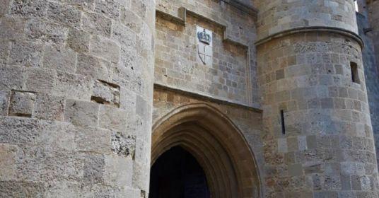 Средневековая Родосская крепость