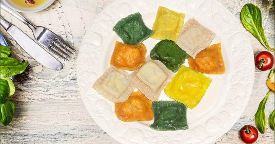 Пельменное цветное тесто в домашних условиях