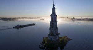 «Волга не для купания». Как убивают наши реки