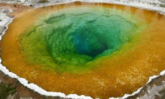 Чем запомнится Национальный парк Йеллоустоун