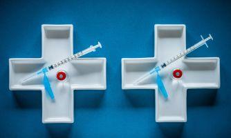 Антипрививочников лечить не будут