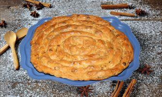 Пирог-улитка с яблоками в крымском стиле