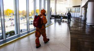 Как происходит процесс дезинфекции аэропорта
