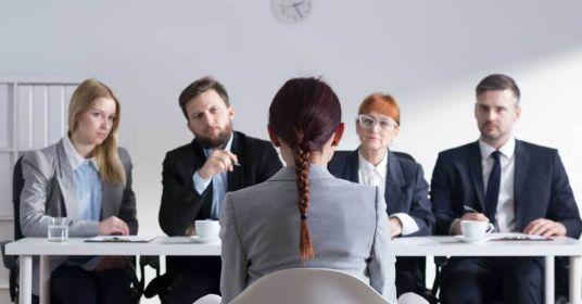 «Скаким руководителем вынехотите работать?»