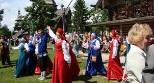 Витославлицы — музей деревянного зодчества