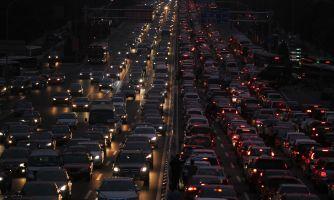 Как радиус полосы влияет на пробки и безопасность