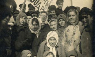 От Брешко-Брешковской до Коллонтай. Женщины революции